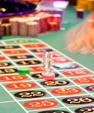 hollywood casino joliet table games
