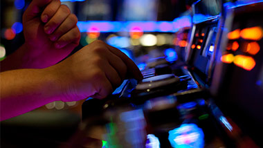 Hollywood slots bangor promotions free poker database tutorial